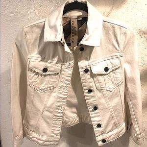 Burberry white denim jacket US size 4 or small